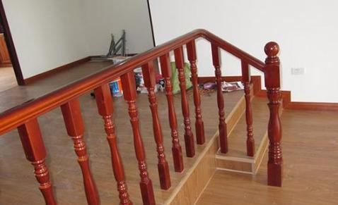 楼梯扶手有哪些材质 楼梯扶手选购方法